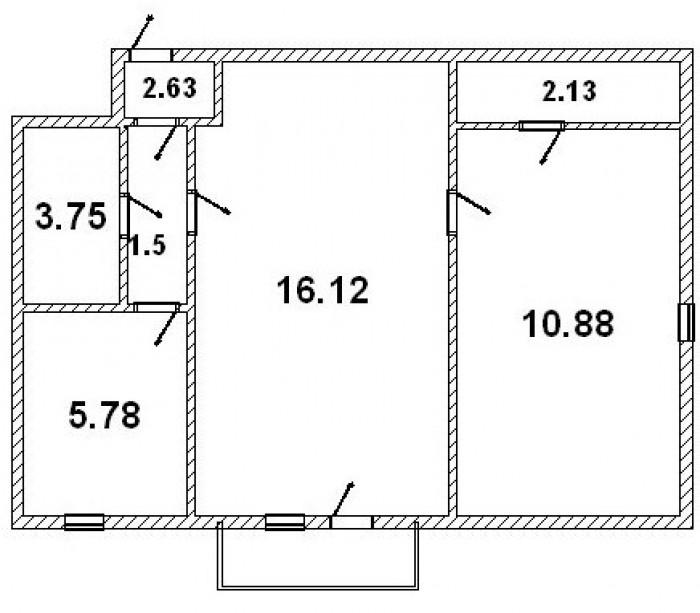Квартира расположена на пятом этаже 5-ти этажного кирпичного дома по ул. Пролета 6135