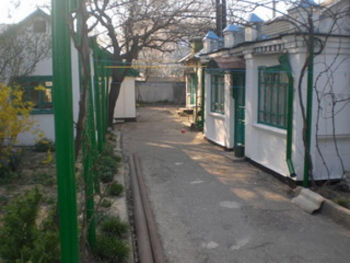 Черное море. г. Скадовск. Домики на 3-4 человека. Частный сектор, парковка, мага 6217