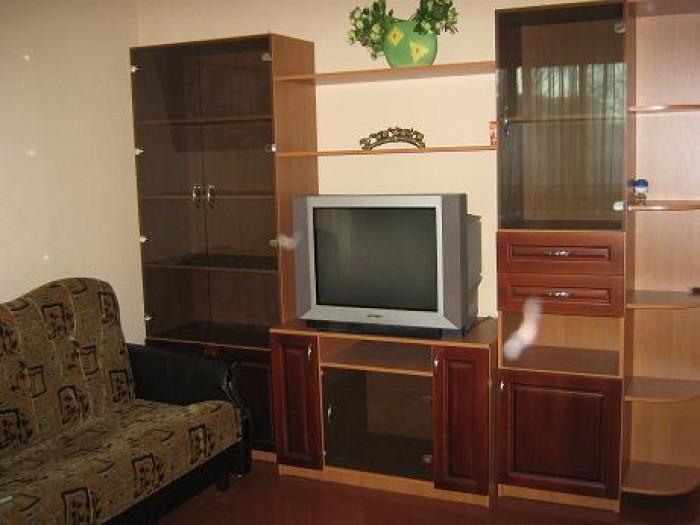 Цена 250 ГРН Сутки.  2х спальная кровать, диван вся бытовая техника:ТВ, стир. ма 61189