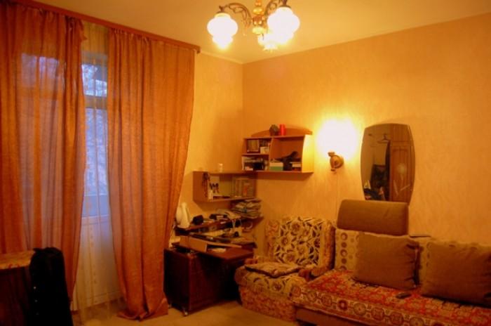 Продается квартира в центральном р-н города.Закрытый двор, ул. Карла Либкнехта,  61201