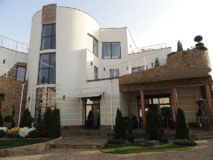 Эффектный и стильный дом на Куприна, 700кв.м., бассейн, сауна.Трехуровневый дом  6276