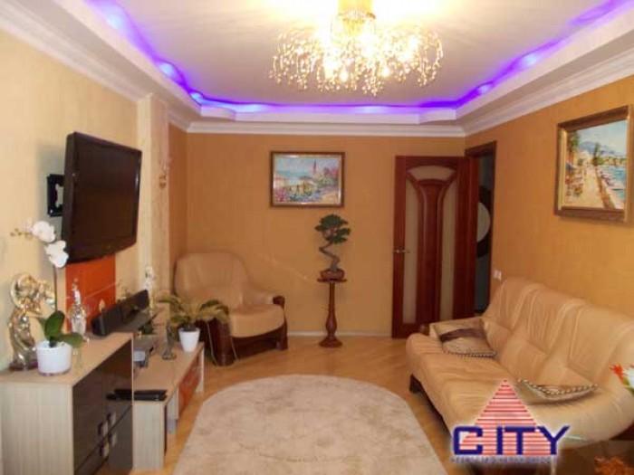 Пропонується до продажу трикімнатна квартира в центральній частині міста. Просто 61289