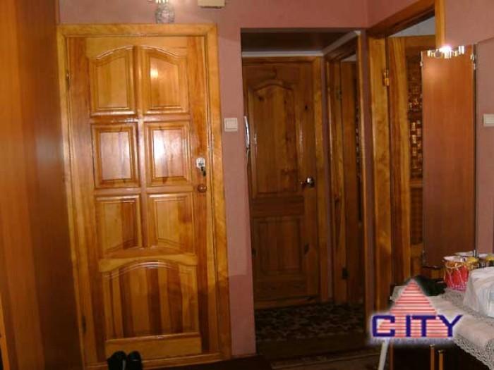 Пропонується двокімнатна квартира в гарному стані, виконано ремонт, склопакети,  61293