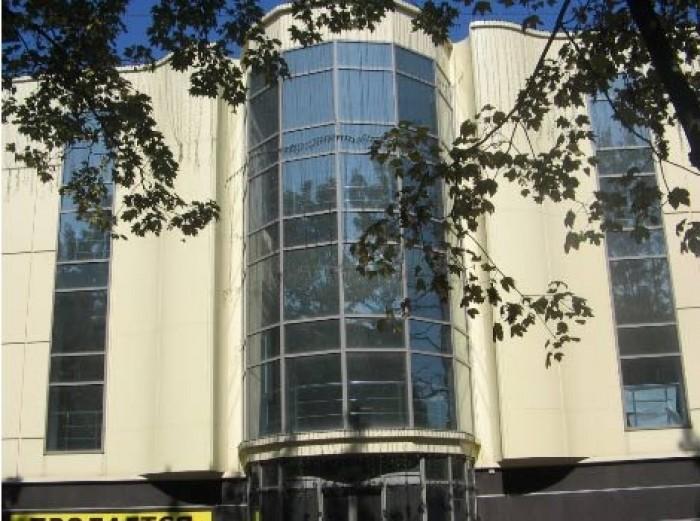 Современный офисный комплекс постройки 2008 года в центре г. Донецка на ул.Артем 64176
