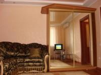 Описание: Наши номера - это сочетание домашнего уюта, комфорта и гостиничного се 6123