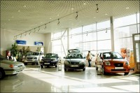 В г. Кременчуге продается действующий автосалон с СТО общей площадью помещений 8 648