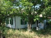 Дом находится в с.Дереивка (за с.Успенка). Площадь - 50 кв.м. Участок - 25 соток 625