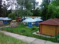 Кафе находится в Святогорске недалеко от Святоуспенской Святогорской Лавры. На о 6469