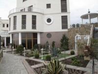 Резиденция (код 1045): На земельном участке расположены два дома. Основной дом о 6297