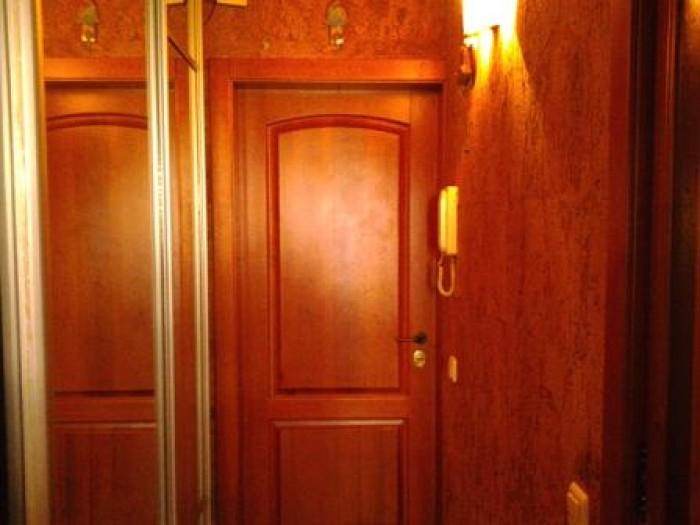 1-к. кв. на Победе, район Приватбанка, 9/9-этажного дома, крыша после ремонта, л 611382