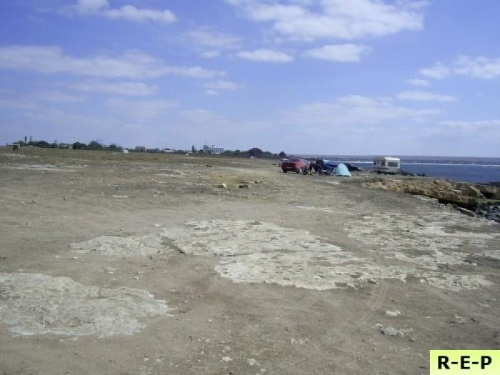 Земельный участок 5,75 га в Крыму на берегу Черного моря, первая линия. Пляжная  63358
