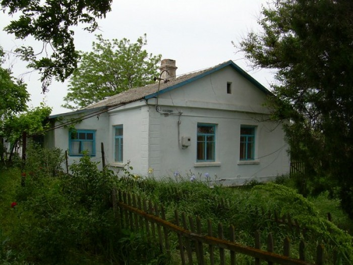 Продаю дом в п.Набережное (возле с.Заветное) на берегу Черного моря (Восточный К 62608