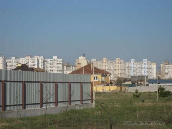 Продам землю Троещина КиевПродам землю под застройку  6 соток в г. Киеве на Трое 63366