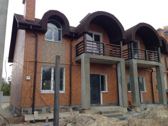 Дом находится в пригороде Киева. Предлагаем Вашему вниманию 4-комнатные, двухуро 62624
