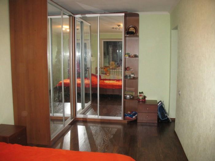 полный евроремонт: встроенная мебель, сделана перепланировка, замена: полов, око 611590