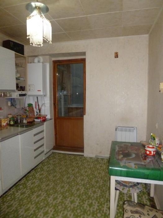 Продается отличная двухкомнатная квартира в кирпичном доме, расположенном на ули 611632