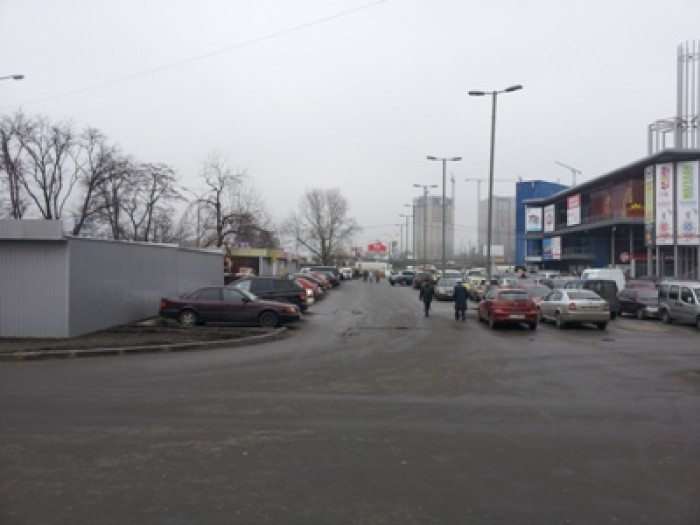 Голосеевский р-н, м. Теремки сдам павильон пр-т. Глушкова возле т/ц Магеллан. Но 64712