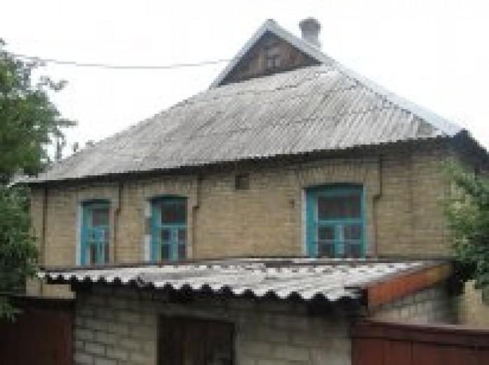 Теплый дом. 65 кв.м. Высокие потолки, светлые комнаты. Печное отопление: 2 печки 62698