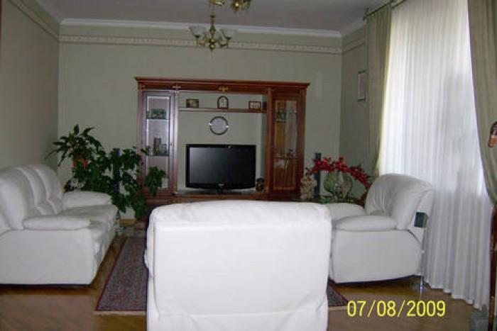 Продаю дом по ул. Дзержинского угол ул. Чкалова   I. Наружная отделка - красный  62749