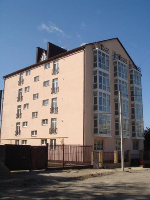 Правда, р-он маг. Донецкий, новострой, клубный дом, 48 кв.м АГВ, бр. двери, стяж 612045