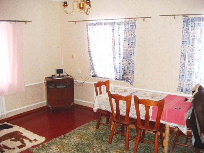 Продается хороший кирпичный дом 54 кв.м. с земельным участком 16 соток в г.Лубны 62869