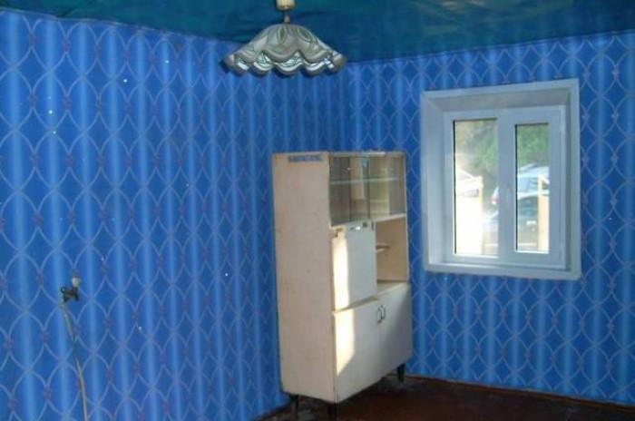 Хороший шлакоблочный дом возле Будёновской автостанции.Газ по улице,вода,свет в  62925
