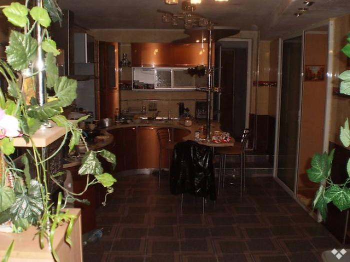 Дом-минигостиница 1-й этаж: 100 м2,кухня,кабинет,зал,ванная,туалет,кладовка. 2-й 62942
