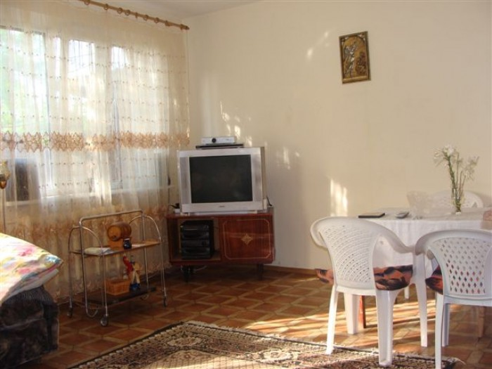 ПРОДАМ ДОМ (МОЖНО КАК МИНИГОСТИНИЦУ): 2-х этажный дом (Северная) г. Севастополь, 62958