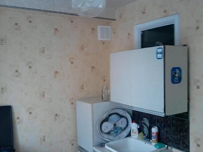 Продам 1к-ную квартиру в удобном р-не. Свежий косметический ремонт.Окна металлоп 612336