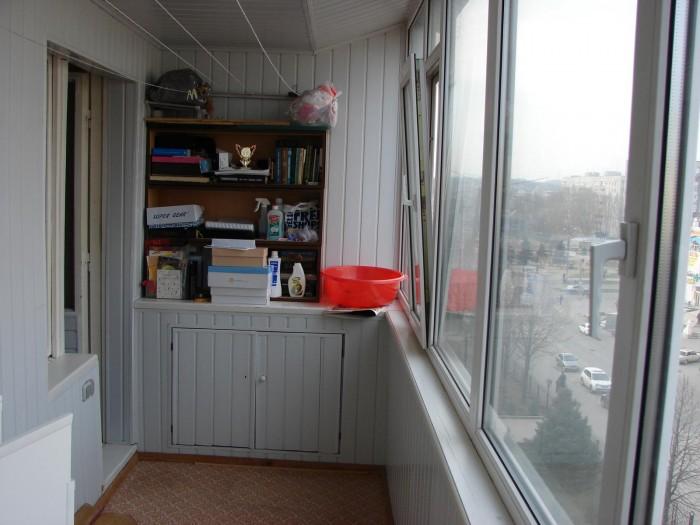 3х комнатная квартира студия, переплпнировка из 4х комнатной, большая застекленн 61548