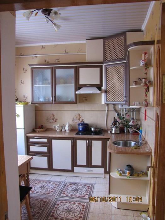 Сдам посуточно дом с элитной дизайнерской отделкой. 2 этажа, 2 санузла, свой дво 62266