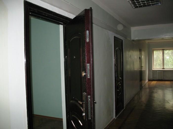 Здаються в оренду опалювальні складські та офісні приміщення за адресою м. Запор 64379