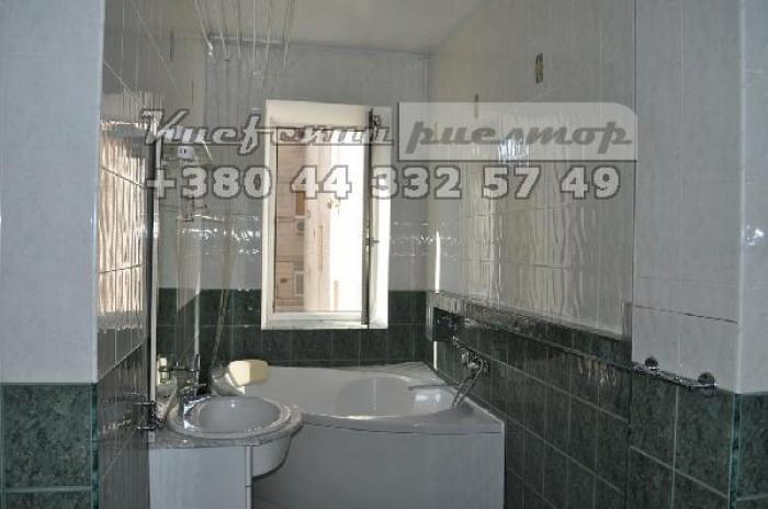 Сдается квартира на  Печерске по ул. Январского восстания ( Мазепы ) Лифт. Две к 61777