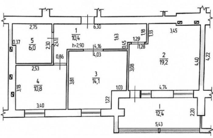 Продам отличную 2-х комнатную квартиру по улице Маршала Будённого в районе между 61999
