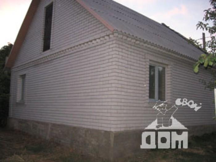 2 уровневый дом, под чистовую отделку, шлакоблок + кирпич, утеплён,  5 мин. до о 62373