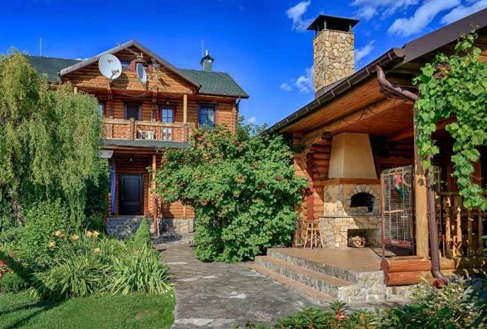Урочище Зазимье. Домовладение на 12 сотках. В 200 метрах река Десна. Основной до 62381