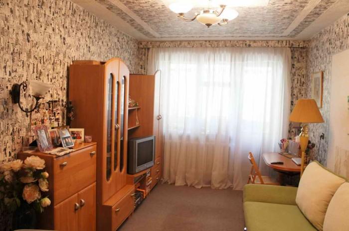 Продам 3-х комнатную квартиру ул.Рокоссовского (р-н Сиверского), S=52 м.кв., 3/5 611040