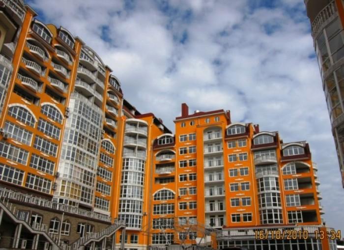 Продается двухкомнатная квартира в новом элитном жилом комплексе в Ялте в 800-х  611052