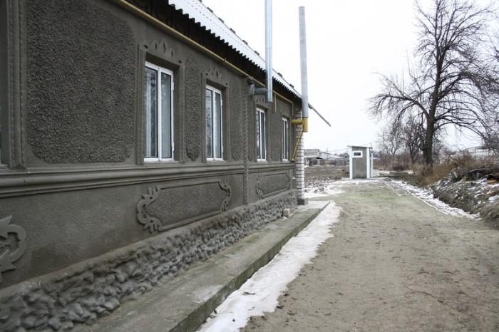 Дом расположен на берегу Каховского водохранилища, проведен капитальный ремонт,  62431