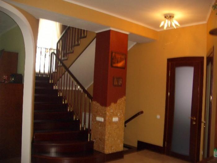 Продам дом (свой), 3 этажа, эксклюзивной постройки с авторским ремонтом, с мебел 62437