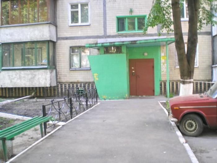 КПИ. Борщаговская 46/1,  7/9, 65/45.7/7, тел., 2 балкона  заст., окна во двор, х 611137