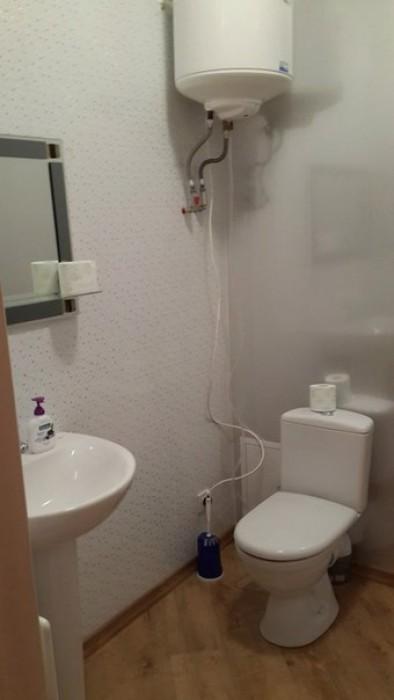 Двухкомнатная квартира 62,3 кв.м. 2й этаж 4х этажного дома.Кухня 14,6кв.м. + бал 611164