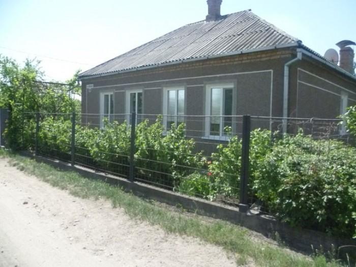 Во дворе гараж, хоз. постройки. Большой, ухоженный огород. Все окна в доме пласт 62450
