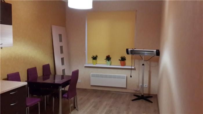 Двухкомнатная квартира 53.6 кв.м. 2й этаж 4х этажного дома.Кухня 14,6кв.м. + бал 611252