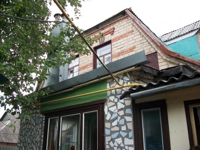 Большая часть капитального (котеджного типа) дома в 2 этажа на ул. Краснодарской 62529