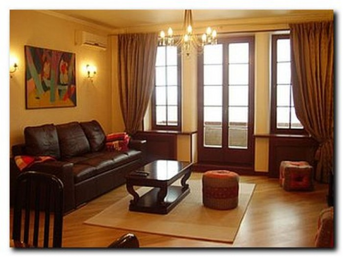 Сдам 2х комнатную квартиру по ул. Мира 20, этаж 4/5, новый евроремонт, вся мебел 611284