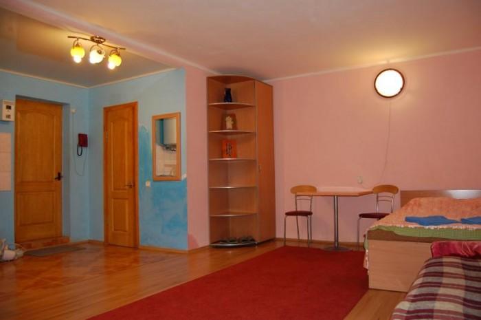 www.lf.lg.ua. +380506644849 Посуточно сдам 1 комнатную квартиру в Луганске. Расп 611350