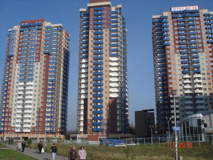 Продажа 2-комнатной квартиры в новострое Монте-Плаза. Стоимость - 8400 грн/м2. М 611356