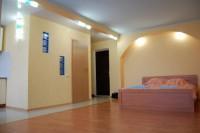www.lf.lg.ua  +380506644849Сдам посуточно квартиру – студию с евроремонтом в цен 611336
