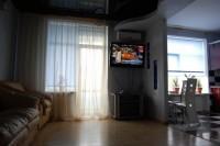 www.lf.lg.ua +380506644849  Сдам посуточно 2х комнатную квартиру-студию в Луганс 611349